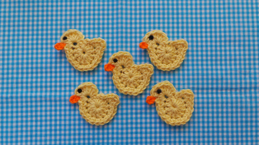 Free crochet patterns for appliqued ducklings